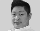 特聘金牌讲师郑虎,现负责教授 UI设计培训等热门课程
